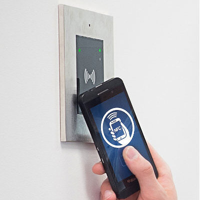 NFC Access Control with iPhone and 2N Verso