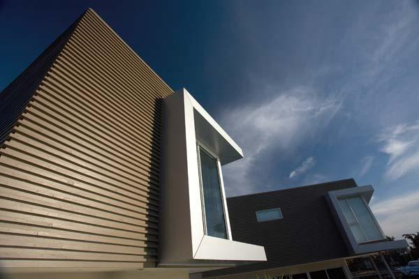 Patterson Lakes Project - Architecturally pleasing building faceted facades